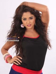 Asmita Sood in Kannada Movie Victory