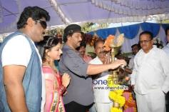 Jaggesh, Pooja Gandhi, Ravichandran at Kannada Movie Abhinetri Muhurat