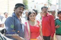 Pooja Gandhi, Ravichandran at Kannada Movie Abhinetri Muhurat