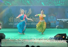 Esha Deol and Ahana Deol performed at Sachin Ahir's Dahi Handi Celebration
