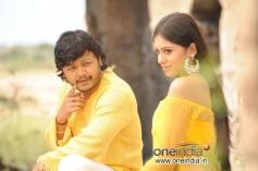 Ganesh and Deepa Sanniddi in Kannada Movie Sakkare