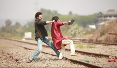 Imran Khan in action still from OUTIMD