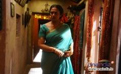 Lakshmi Ramakrishnan still from Vidiyum Munn