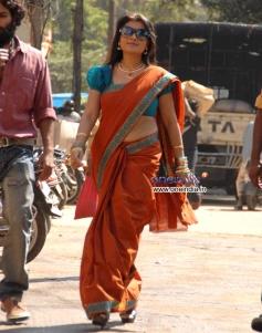 Roopashri in Kannada Movie Chaddi Dosth