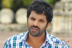Sathish Ninasam in Kannada Movie Anjada Gandu