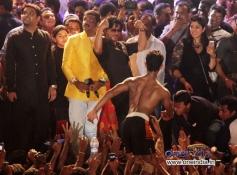 Shah Rukh Khan congratulate the winners at Sachin Ahir's Dahi Handi Celebration