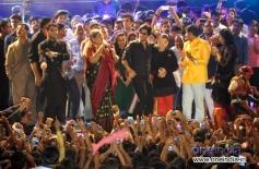 Shahrukh Khan dance at Sachin Ahir's Dahi Handi Celebration