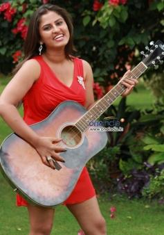 Sindhu Rao in Kannada Movie Ice Pice