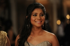 Sonalee Kulkarni still from Grand Masti