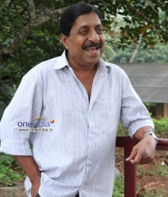Sreenivasan in Malayalam Movie Kannadi Talkies