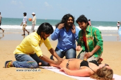 Srikanth, Komal and Tarun Chandra in Kannada Movie Goa