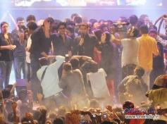 SRK with Kapil Sharma at Sachin Ahir's Dahi Handi Celebration