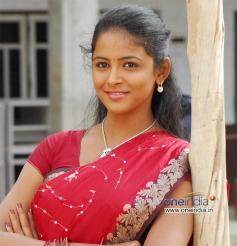 Subhiksha in Kannada Movie Anjada Gandu