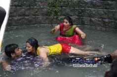 Varalaxmi Sarathkumar, Vishal and Anjali in Tamil Movie Madha Gaja Raja