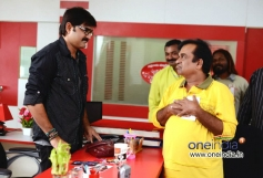 Actor Srikanth, Brahmanandam in Film Malligadu Marriage Bureau