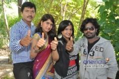 Actors at Movie Devudu Deyyam Manishi Launch