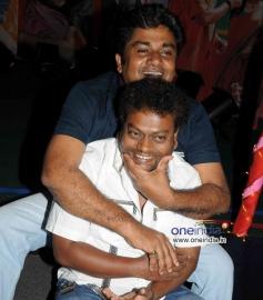 Actors Rangayana Raghu and Sadhu Kokila at Chaddi Dosth Press Meet