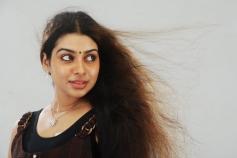 Actress Aaradhya