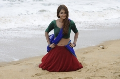 Actress Anaika