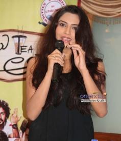 Actress at Film Mamu Tea Angadi Press Meet