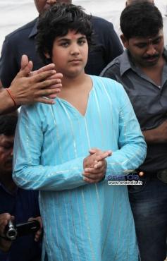 Akshay Kumar son Aarav celebrates Ganapati Visarjan 2013