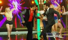 Salman Khan and Anil Kapoor dancing on My Name is Lakhan