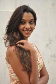 Anu Priya at Potugadu Movie Team Interview