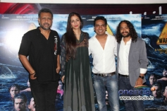 Anubhav Sinha, Tabu and Mushtaq Sheikh at special screening of Warning