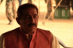 Dalip Tahil still from film War Chhod Na Yaar