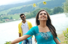 Dhanush & Nazriya Nazim Picture from Naiyandi Movie