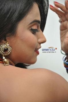 Dimple Chopra