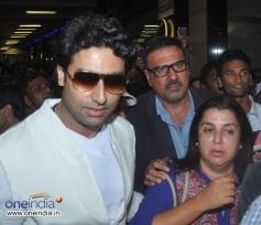 Abhishek Bachchan, Boman Irani and Farah Khan snapped at Mumbai Airport