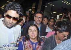 Shahrukh Khan, Boman Irani, Farah Khan and Abhishek Bachchan snapped at Mumbai Airport