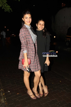 Jacqueline Fernandez snapped with girl at Olive Bar
