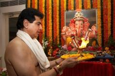 Jeetendra celebrates Ganesh Utsav