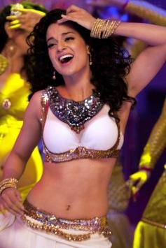Kangna Ranaut sizzling still from film Rajjo