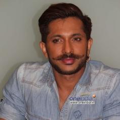 Kannada Actor at Mamu Tea Angadi Press Meet