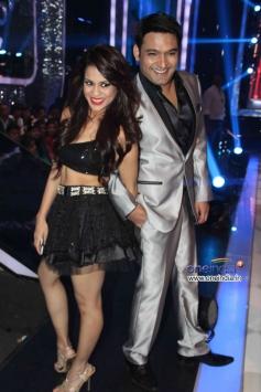 Kapil Sharma on the sets of Jhalak Dikhhla Jaa 6 Super Finale