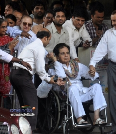 Legendary actor Dilip Kumar returns home