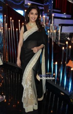 Madhuri Dixit on Jhalak Dikhhla Jaa 6 sets