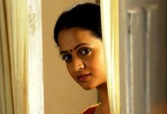 Bhavana in Malayalam Movie Ezhamathe Varavu