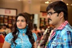 Manochitra and Srikanth in Malligadu Marriage Bureau