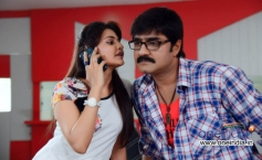 Manochitra and Srikanth in Telugu Film Malligadu Marriage Bureau