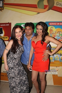 Nataliya Kozhenova, Ravi Ahlawat and Vishakha Gupta at Super Model film Premiere