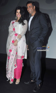 Nimrat Kaur and Akshay Kumar at Inauguration of 4th Jagran Film Festival