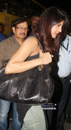 Priyanka Chopra leave to attend SAIFTA awards in Durban