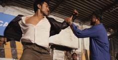 Ram Charan Teja fights with Sanjay Dutt still from Zanjeer 2013