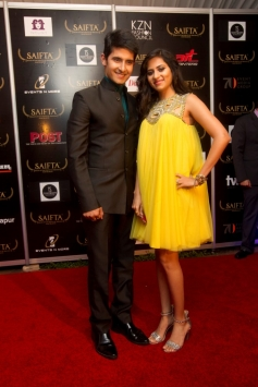 Ravi Dubey and Sargun Mehta at the Red Carpet of saifta