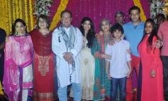 Salman Khan along with his family celebrates Ganesh Chaturthi at his residence