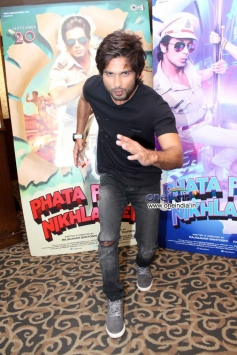 Shahid Kapoor having fun time during film Phata Poster Nikla Hero promotion